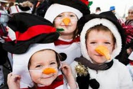Ammanford prepares for record snowman invasion